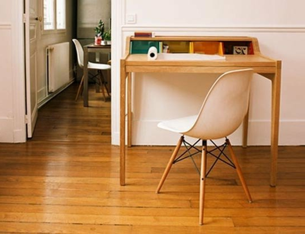 schwedische Möbel - schreibtisch und stuhl
