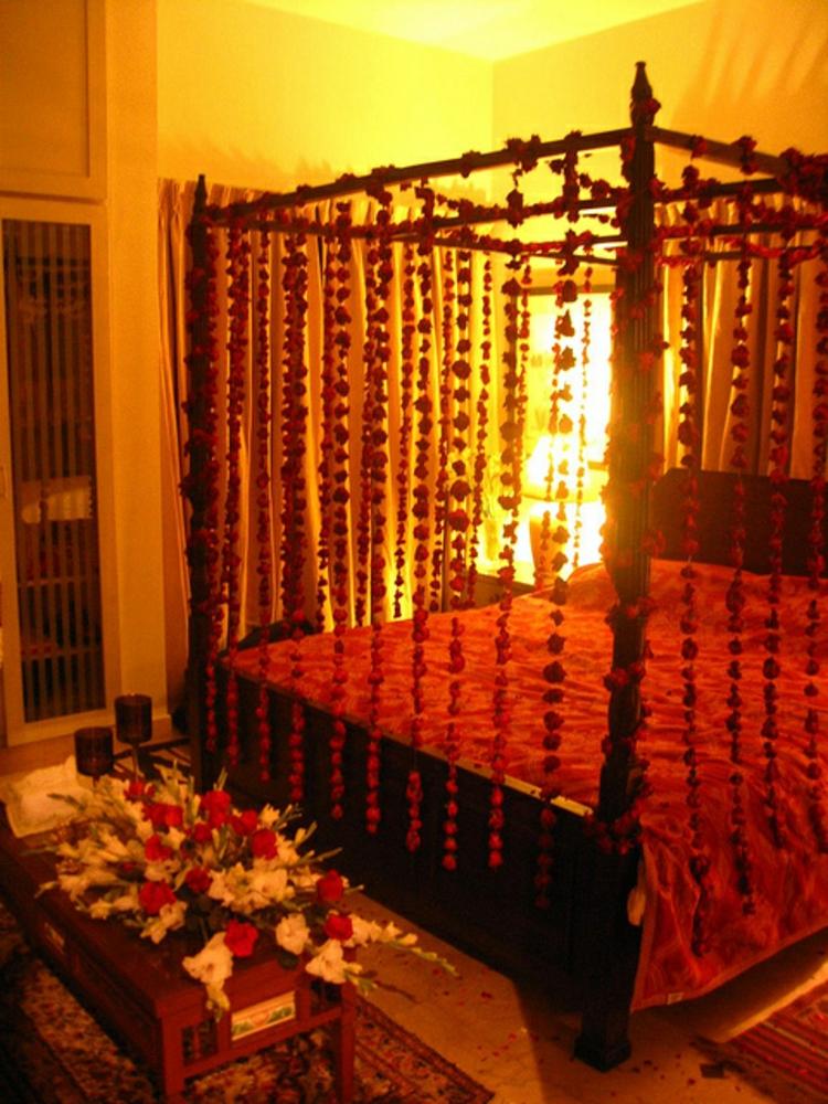 schlafzimmer-dekoration-besonders-schick-edel-modern-valentinstag-süß-romantisch