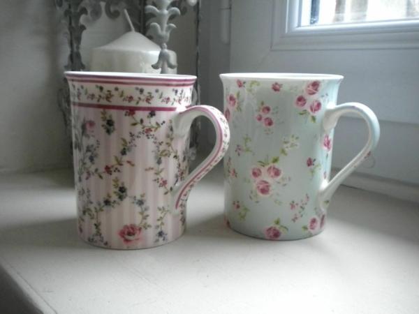 shabbystil - zwei süße kaffeetassen