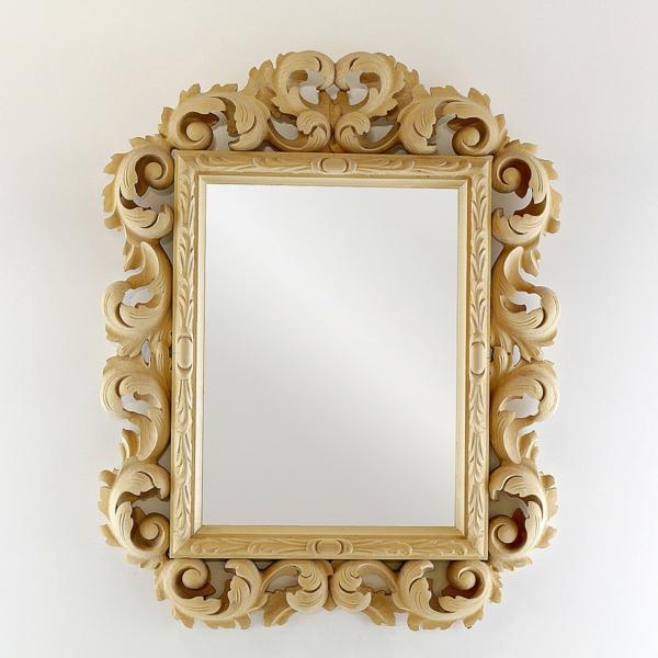 barockspiegel - mit sehr interessanten ornamenten