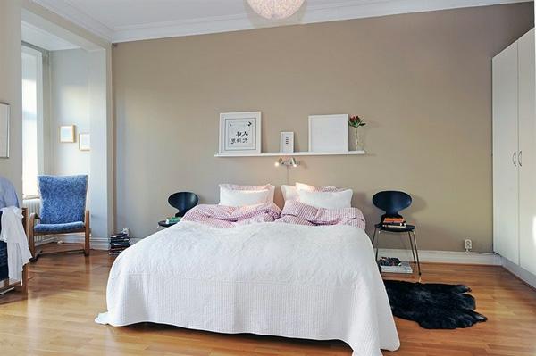 schwedische Möbel - elegantes weißes bett