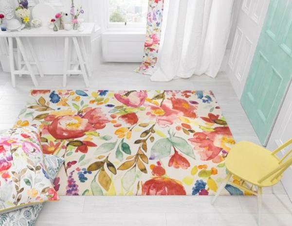 Teppich in bunten Farben - super schöne gestaltung