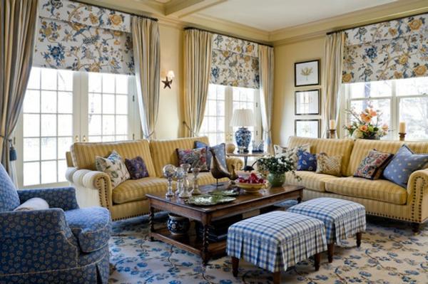 landhausdekoration - jalousien und gardinen im aristokratischen wohnzimmer