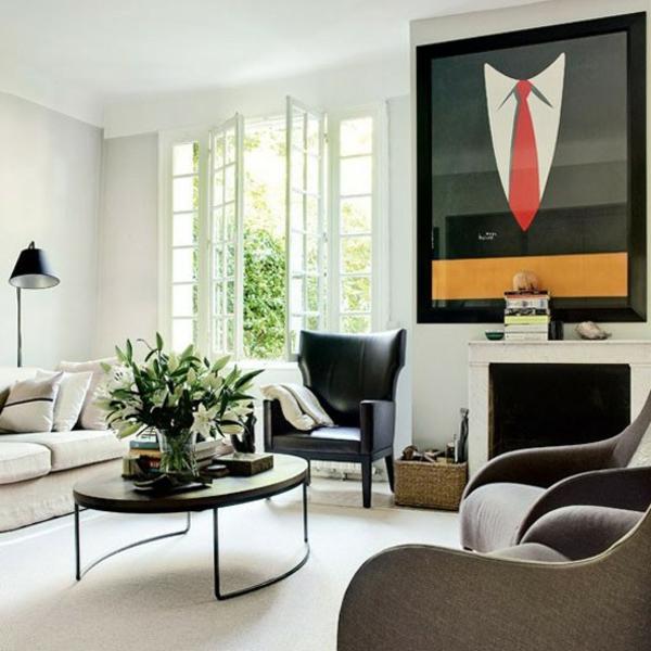 art deco stil -  großes extravagantes bild an der wand im weißen wohnzimmer