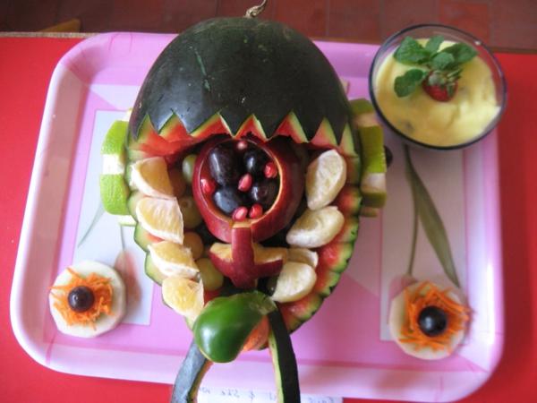 exotisches obst dekoration - super interessante deko idee mit wassermelone