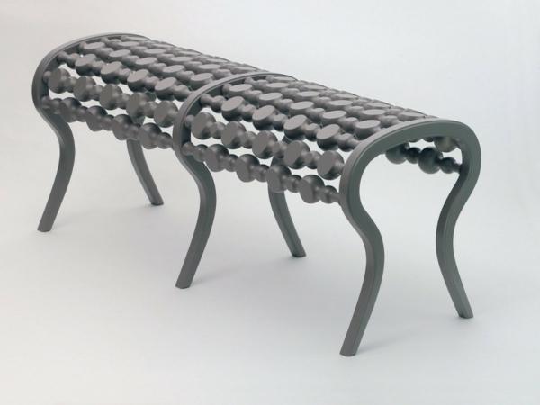 schwedisches Möbel - sehr extravagante sitzbank
