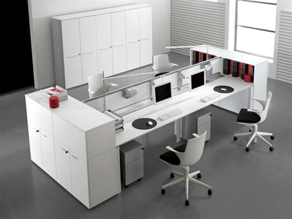 designerschreibtisch - moderner büroraum in weißer farbe