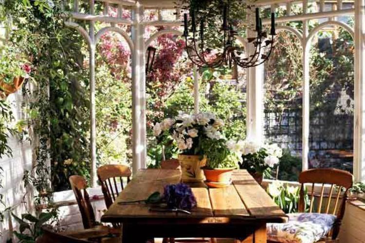 terrasse-romantischä-schick-edel-besonders-modern-pompös-besonders-einzigartig-faszinierend