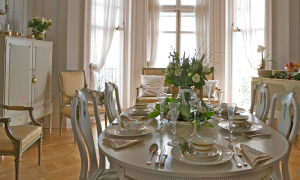 schwedisches Möbel - aristokratisch aussehendes esszimmer
