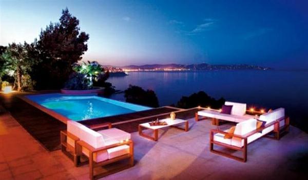 romantische liebe inspiration - romantische ausstattung vom pool
