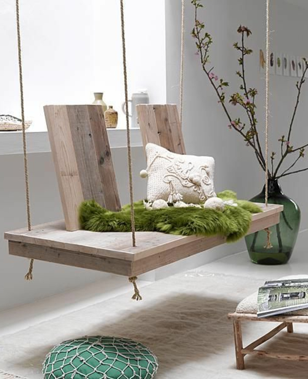 Holzschaukel f r den innen und au enbereich for Wohnung dekorieren im januar
