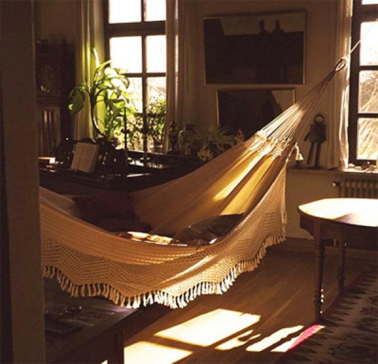 indoor schaukel ideal f r jedes zuhause. Black Bedroom Furniture Sets. Home Design Ideas