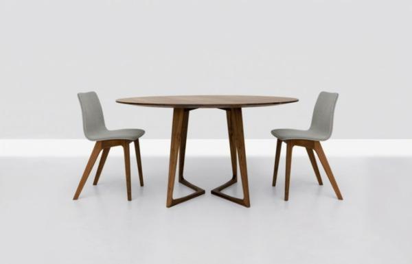 Runder Tisch - hölzernes modell mit zwei stühlen