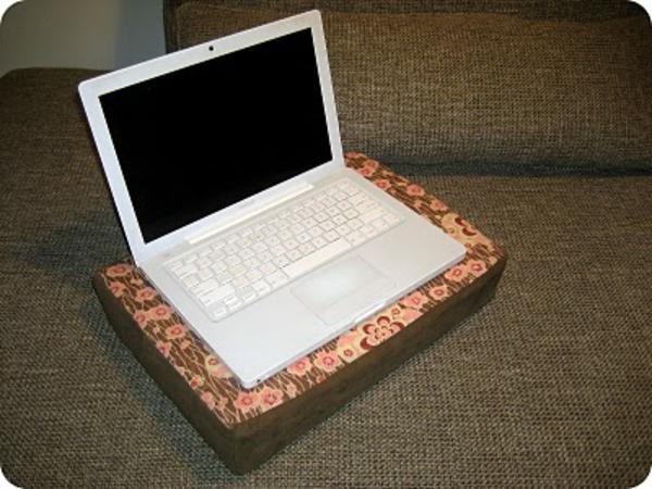 kissen für laptop - modernes modell auf blümchen