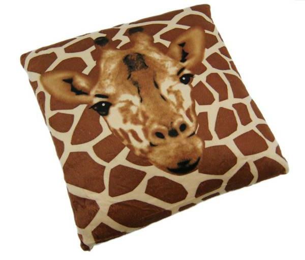 Kissen bedrucken - schönes modell mit einem giraffe-modell