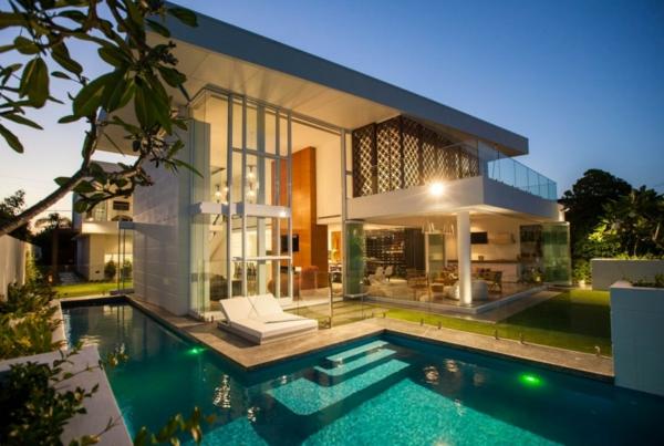 -architektur-modernes-design-haus-mit-pool-luxus-ferienwohnung