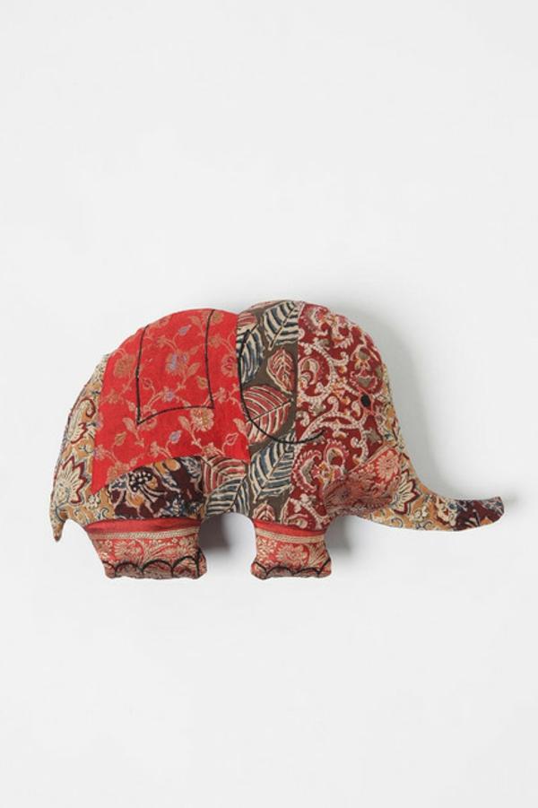 Patchwork modell vom  Kissen - mit der form vom elefant