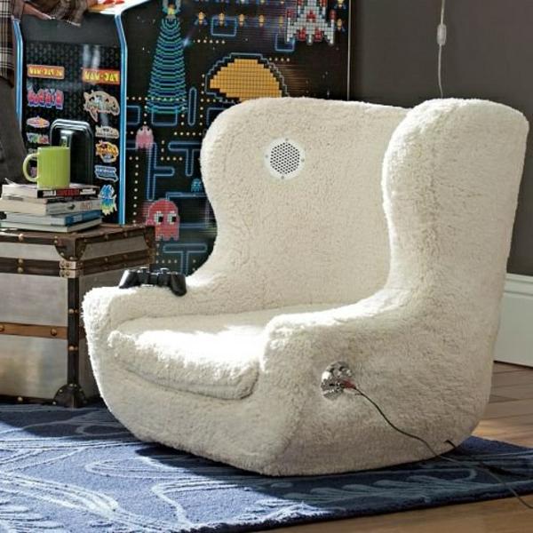 auffälliger-weißer-gaming-sessel-sehr schönes und cooles bild