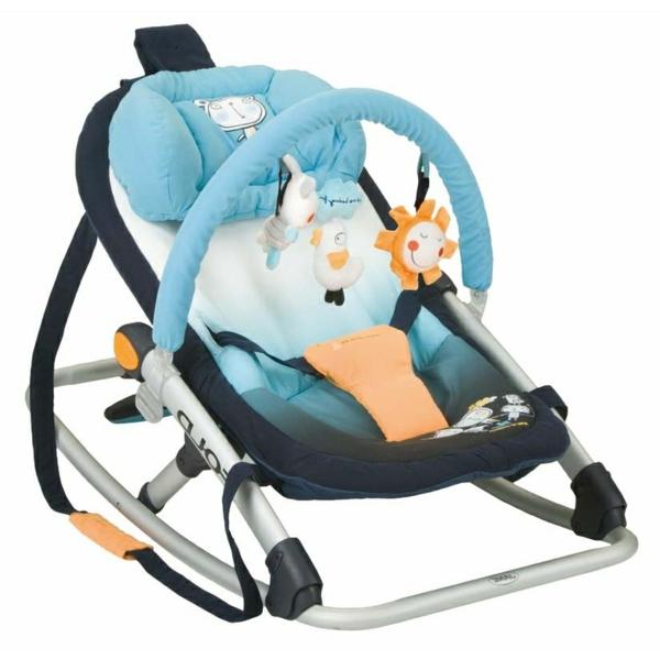 babywippen-mit-wunschönem-design-in-blau-und-orange