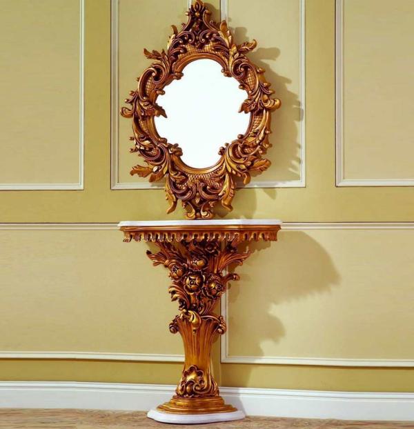 barockspiegel - mit einem kleinen barock tisch darunter