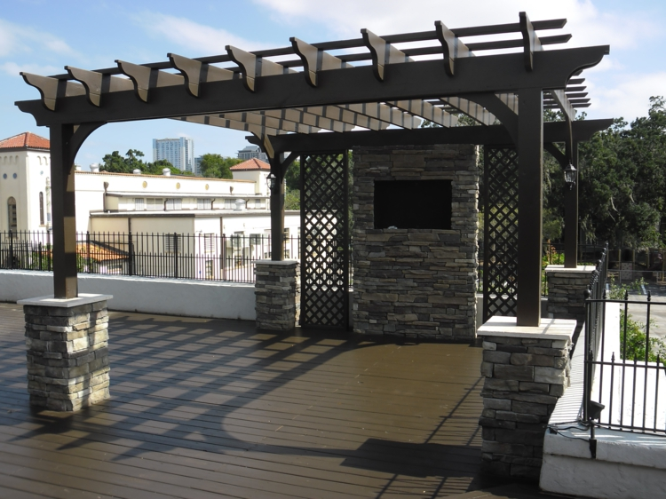 pergola-holz-dach-edel-schick-modern-neu-terrasse-garten-bereich-design