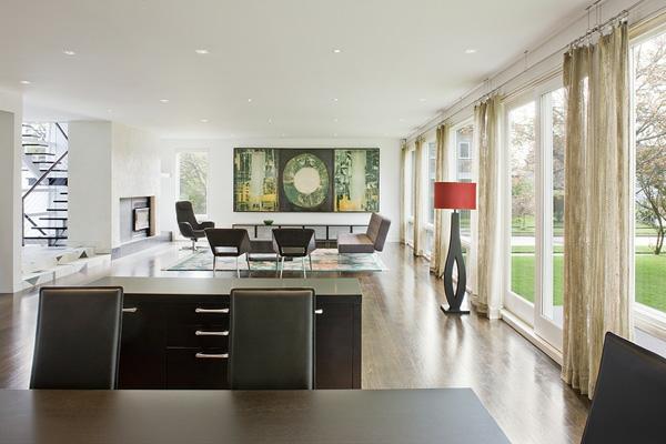 artdeco stil - großer wohnraum mit einer akzentwand