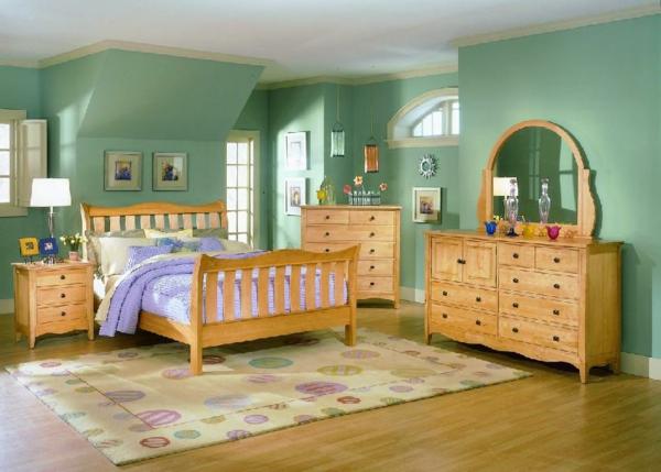 schlafzimmer imlandhausstil - hölzerne möbel