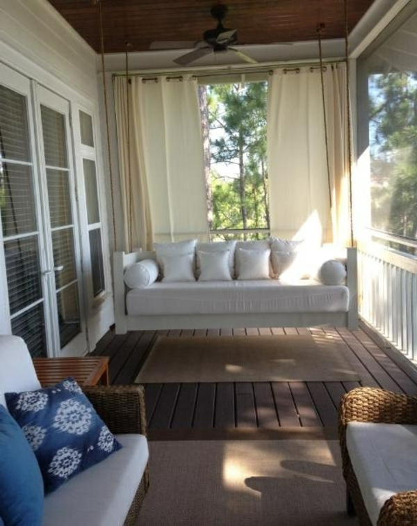 bequeme-balkonmöbel-balkon-verschönern-balkon-deko-ideen-balkon-gestalten-