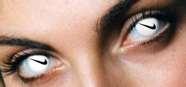 Bunte Kontaktlinsen - sehr extravagant aussehen