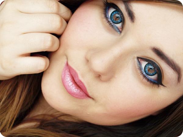 Bunte Kontaktlinsen - interessanter look