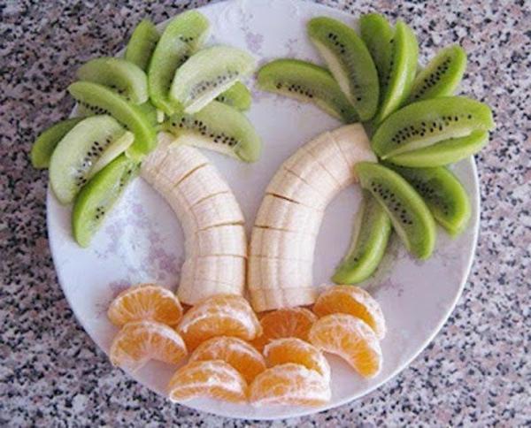 exotischesоbst dekoration - palmen aus bananen, kiwis und mandarinen machen