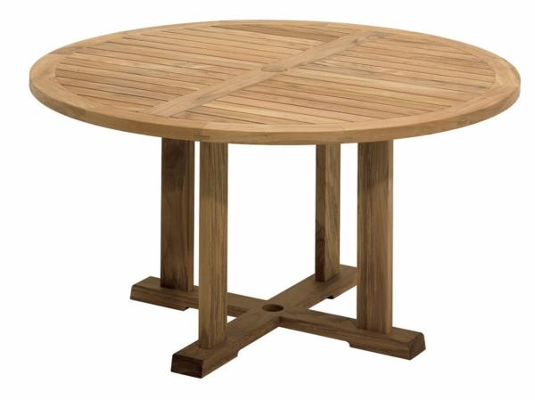 Runde Tische  - aus holz gemacht - weißer hintergrund
