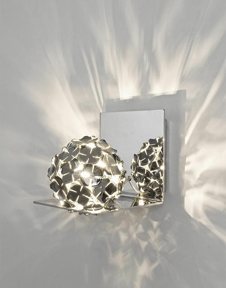 kugel-wand-leuchte-schick-edel-besonders-modern-licht-mit-blühten