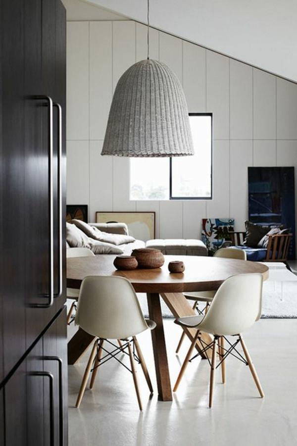 coole-esszimmermöbel- einrichtungsideen-für-das-esszimmer-große-lampe
