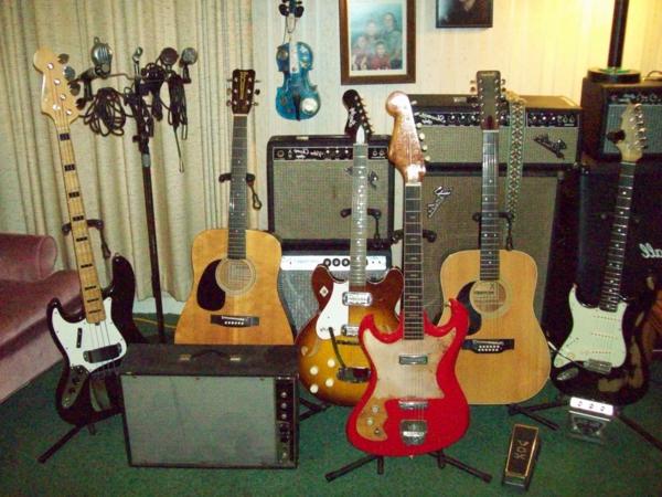 coole-verschiedene-vintage-guitars