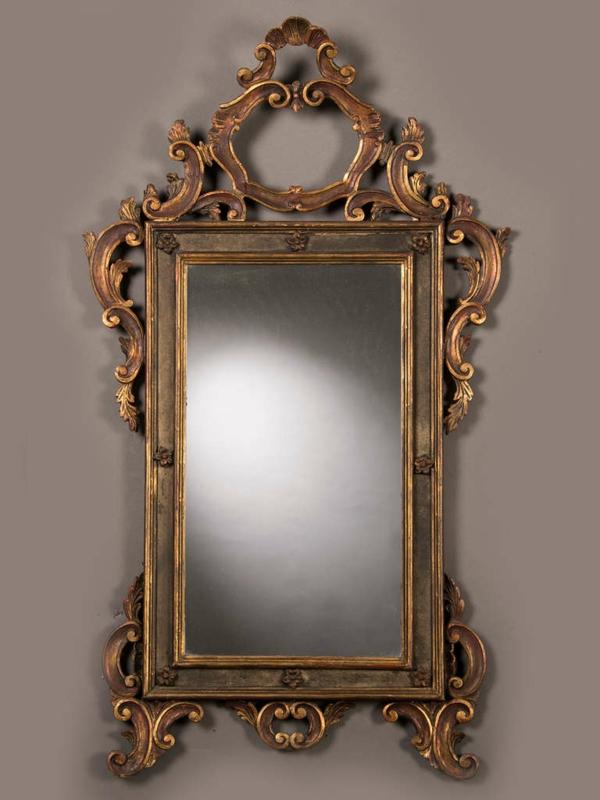 barockspiegel - sehr interessanter rahmen mit vielen ornamenten