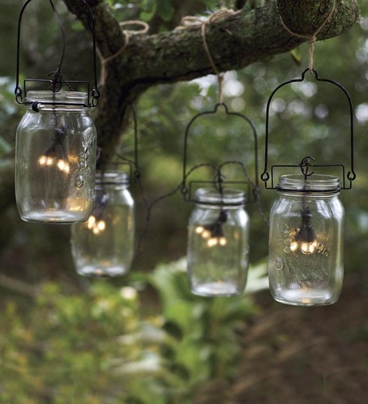 lichter-kette-schlicht-edel-besonders-modern-schick-aus-gläser-mit-metall-und-seile
