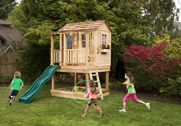 ein-super-kinderhaus-zum-spielen-in-dem-eigenen-garten-bauen