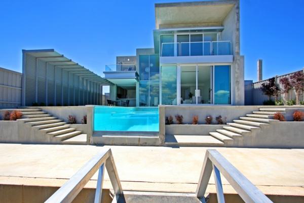eine-moderne-und-luxuriöse-architektur-ferienwohnung-mit-pool