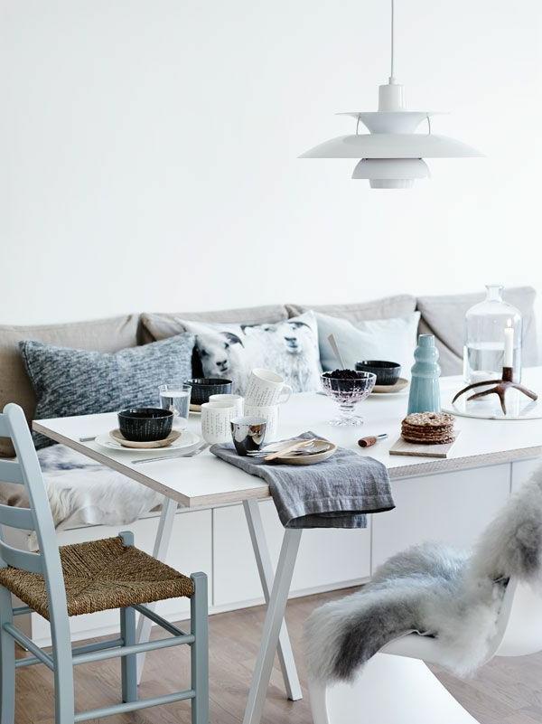 eine--schöne-holzbank-im-esszimmer-interior-design-ideen-