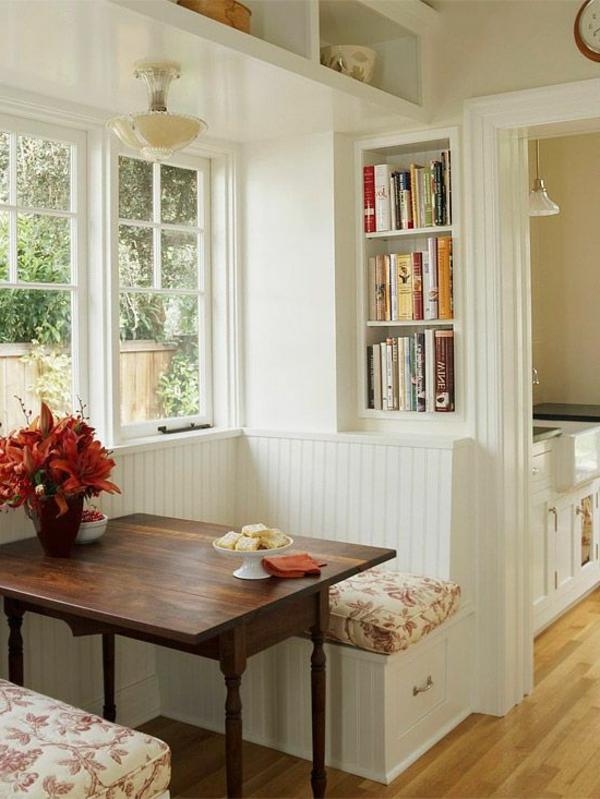 eine-schöne-holzbank--im-esszimmer-interior-design-ideen