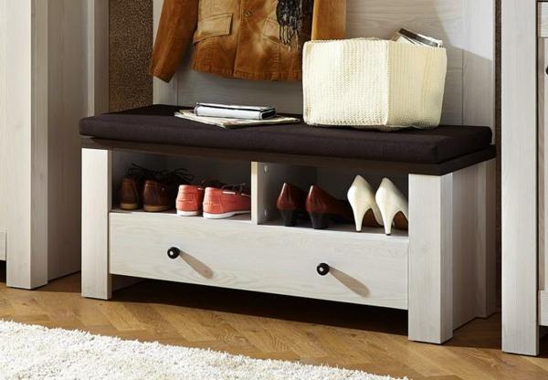 schuhbank ein praktisches m belst ck f r den flur. Black Bedroom Furniture Sets. Home Design Ideas