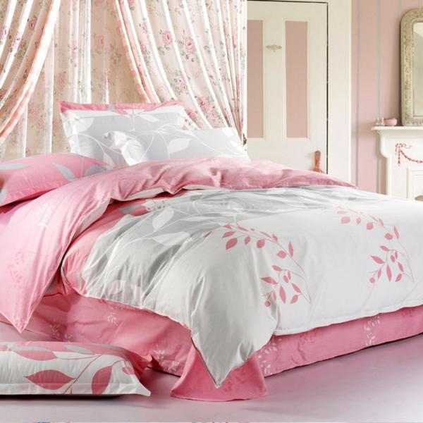 elegantes-bett-im-landhausstil-rosige-und-weiße-farbe- ein sehr schönes und cooles bild