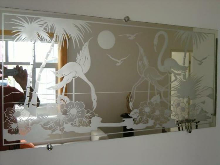 spiegel-flamingo-deko-dekoriert-formen-weiß-schick-edel-neu-modern-palmen-sonne-vögel