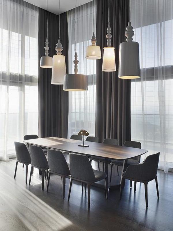 esszimmer-gestalten-schöne-und-moderne-einrichtungsideen-unikale-kronleuchter
