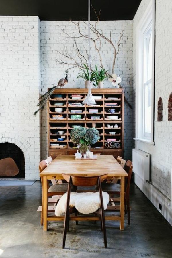esszimmer-ideen-landhausstil-esstisch-esszimmerstühle-vintage-design-
