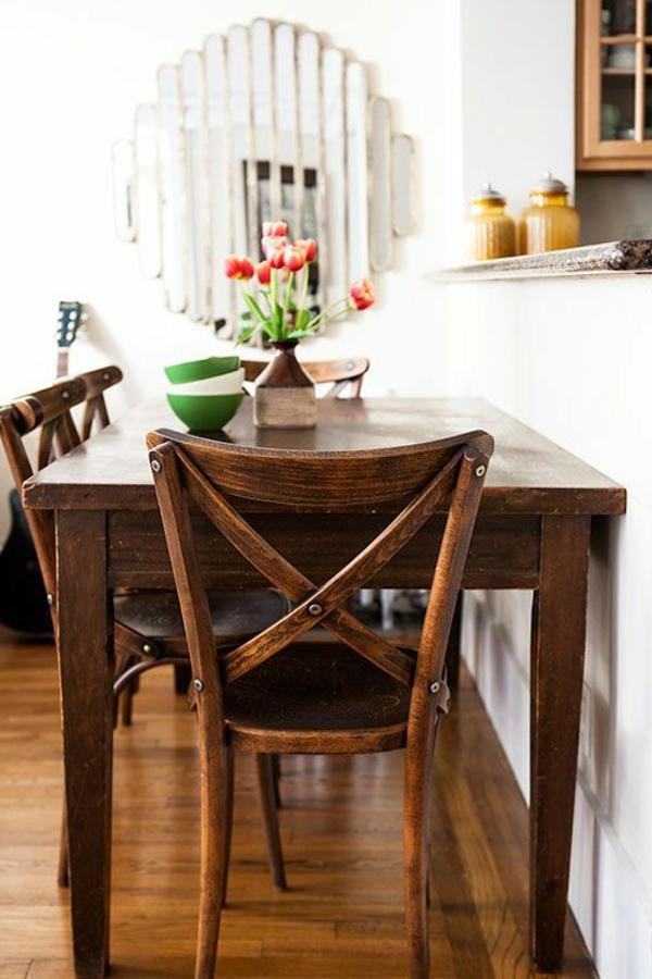 -esszimmer-ideen-landhausstil-esstisch-esszimmerstühle-vintage-design-