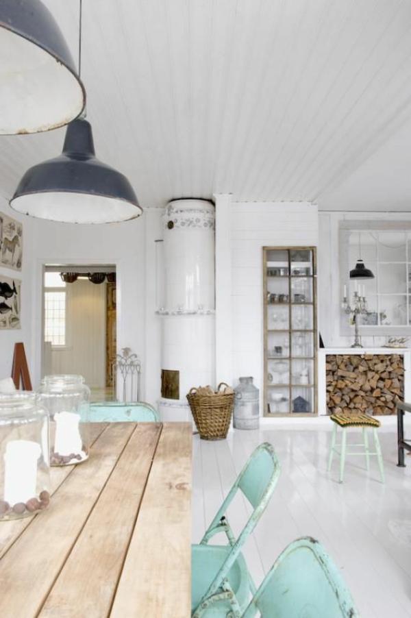 esszimmer-ideen-landhausstil-esstisch-esszimmerstühle-vintage-design-lampen