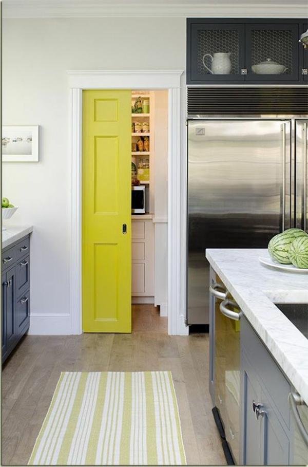 fantastische-gelbe-holztüren-mit-coolem-design-interior-design-ideen