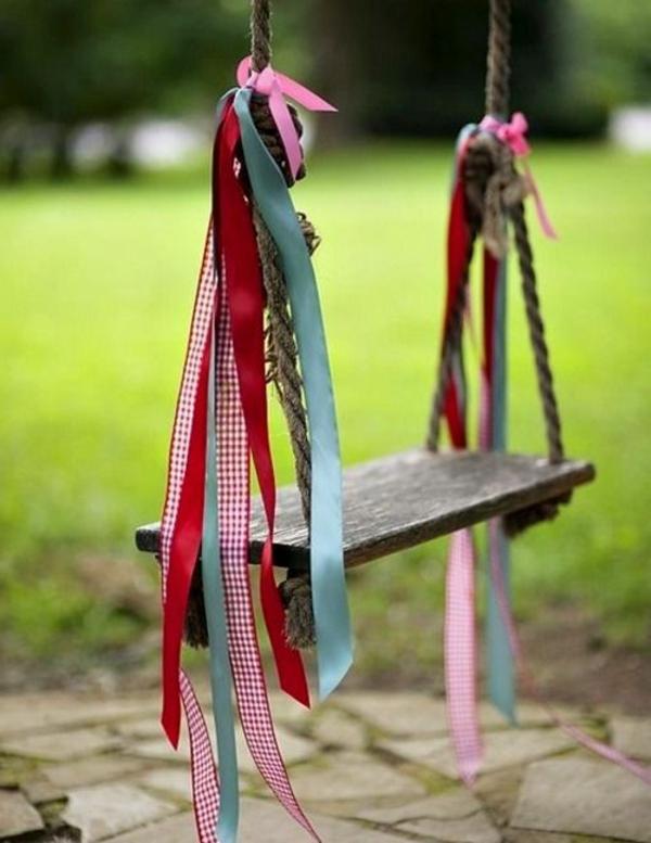 Treppenstufen Holz FUr Den Aussenbereich ~ fantastische schaukel holz im garten spaß für die kinder